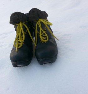Лыжные ботинки (Автоматика)
