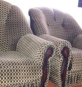 Кресла (2шт)