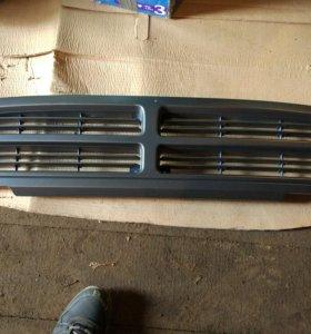 Решетка радиатора hyundai HD72