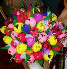 Цветы с конфетами - сладкие корзинки
