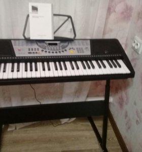 Электронный синтезатор Tesler KB-6140
