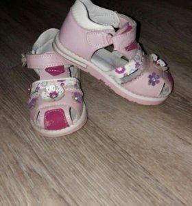 сандали для девочки