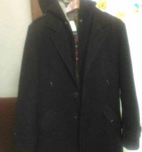 Пальто мужское..