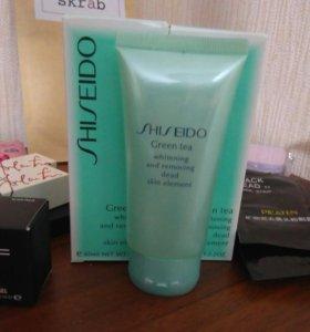 Пилинг-скатка для умывания Shiseido