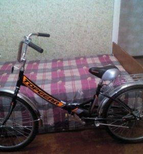 Продаю  велосипед. В очень хорошем состоянии.