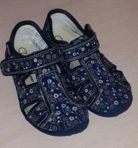 Текстильные сандали Котофей
