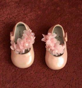 Платье и туфельки к платью