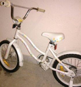 Детский велосипед(для девочки)