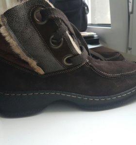 Новые зимние ботинки 42р-р