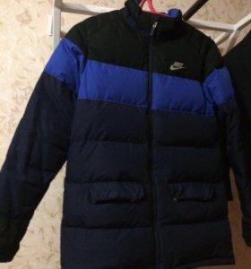 Куртка Nike(пуховик)
