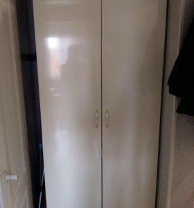 2-х дверный шкаф
