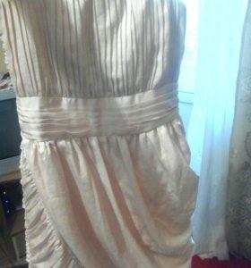 Коктейльное платье 42-44р