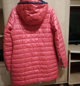 Куртка женкая
