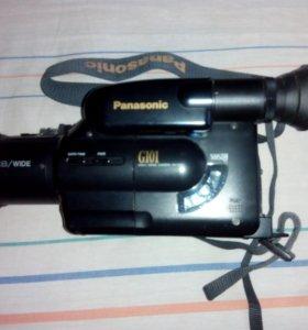 Видеокамера Panasonic G101формат VHS-Compact