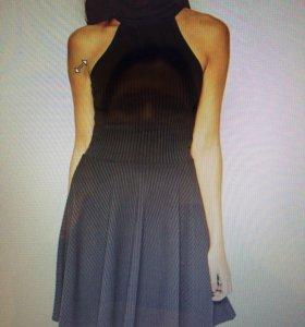 Платье новое с открытыми плечами