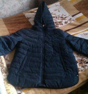 Куртка с коротким рукавом.