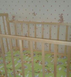 Детская кроватка-маятник дешево