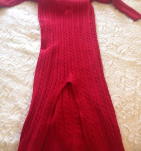 Шерстяное теплое платье