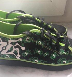 Кроссовки ботинки кеды на колёсиках Heelys 37-38