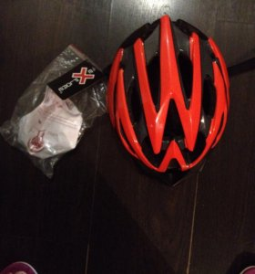 Защитный шлем новый