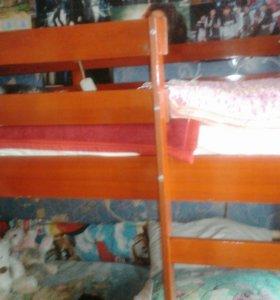 Кровать 2х ярусная детская с матрацами
