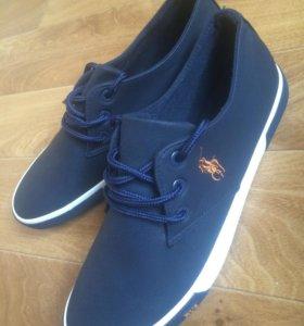 Новые мужские ботинки