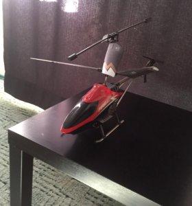 Хеликоптер с камерой .