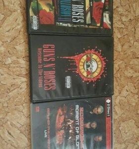 DvD диски с концертами.