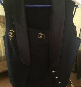 Школьный костюм (юбка + жилетка)