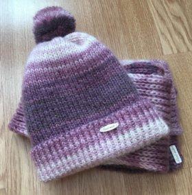 Комплект шапка +шарф.Ручная работа