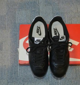 Nike Classic Cortez Leather размер 38,5
