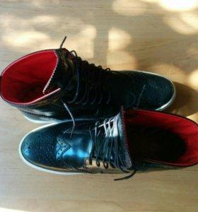 Новые кожаные ботинки Base London