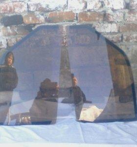Продам боковые передние стёкла на газ 3110.