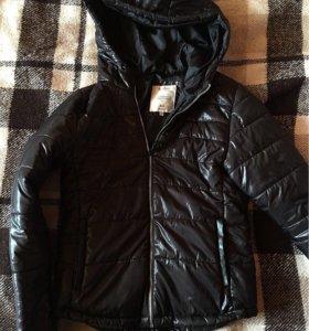 Весення куртка Bershka🍃