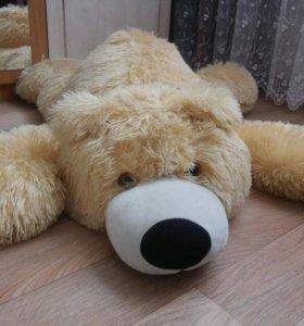 Медведь плюшевый лежачий