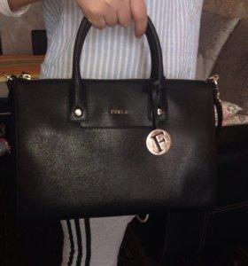 Срочно продам фирменную сумку !!!