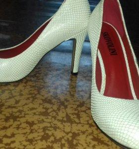 Туфли за 2 пары