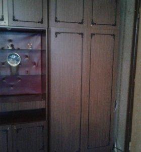 Шкафы с антресолями б/у