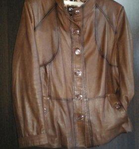 Куртка-пиджак кожаная размер 9xx женская