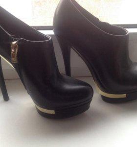 Ботинки 36 размер