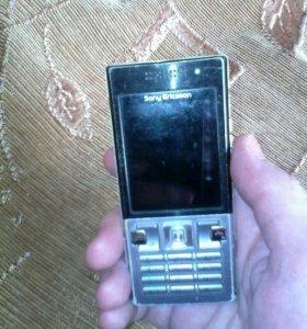 Телефон SoniEricsson Т-700