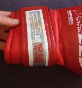 Боксерские перчатки LECO 12 oz. Профессиональные