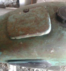 Бензобак от м 72