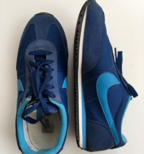 Кроссовки Nike Oceania Textile