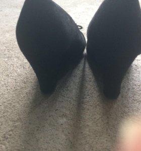Туфли из искусственной замши