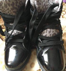 Ботинки на девочку 33 размер