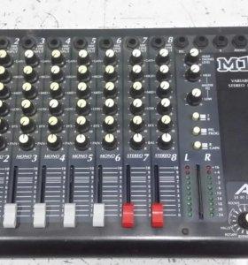 Alesis M10i