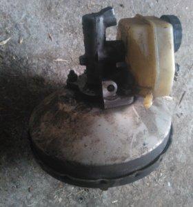 Тормозной цилиндр и вакуумник Mercedes-Benz 190