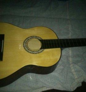 Гитара Нейлон