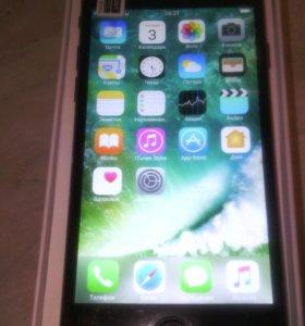 Телефон Apple iPhone 7